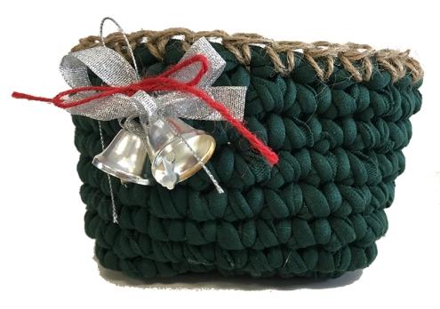 Cesta Navidad en verde - campanas